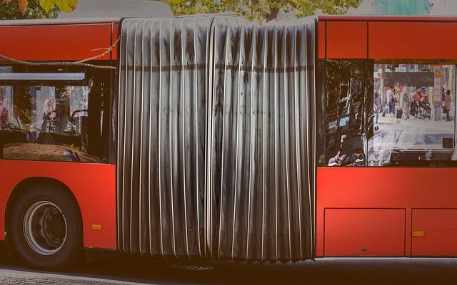 Rød bybuss i Oslo